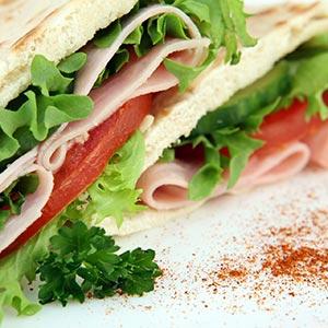 Szendvicsek, szendvicskrémek, előétel, saláta